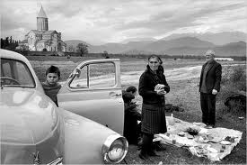 Henri Cartier-Bresson - 1972 photo of a Georgian family